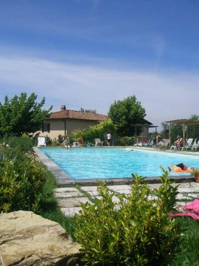 Location de vacances - Appartement à San Jacopo Al Girone - La piscine