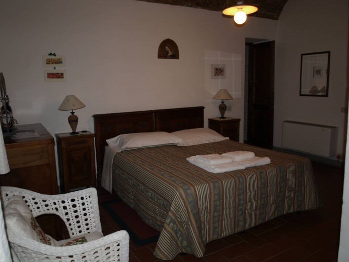 "Location de vacances - Appartement à San Jacopo Al Girone - Chambre ""Cantina al Sole"""