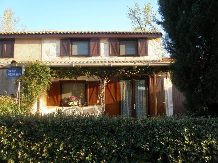 Location de vacances - Maison - Villa à Portiragnes Plage - façade de la maison