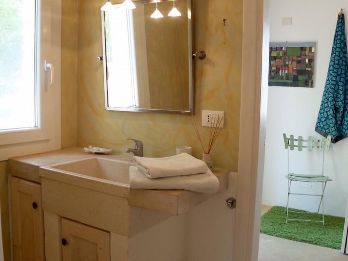 Location de vacances - Villa à San Vito dei Normanni - Salle de bain partagée