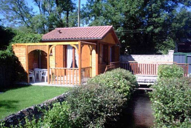 Location de vacances - Chalet à Périgueux - Vue du fond du terrain