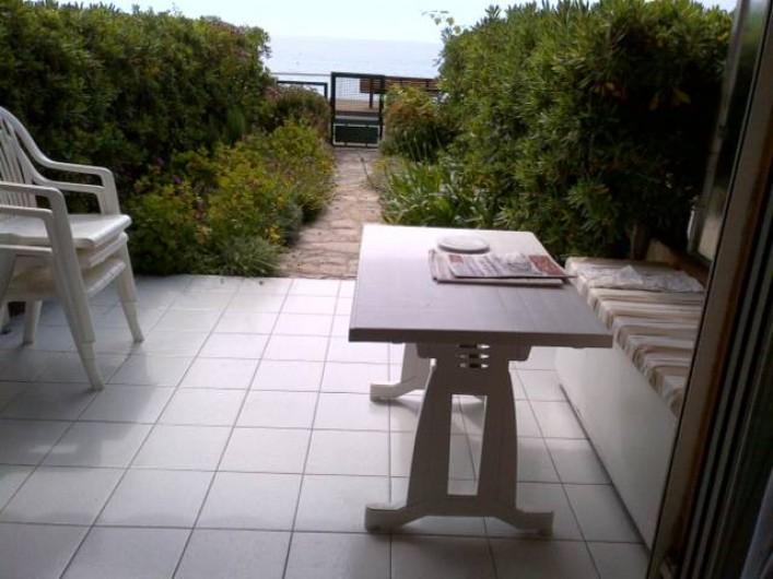 Location de vacances - Appartement à Menton - terrasse et jardin