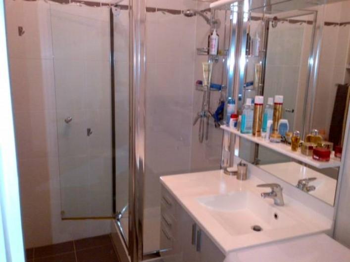 Location de vacances - Appartement à Menton - salle de bains
