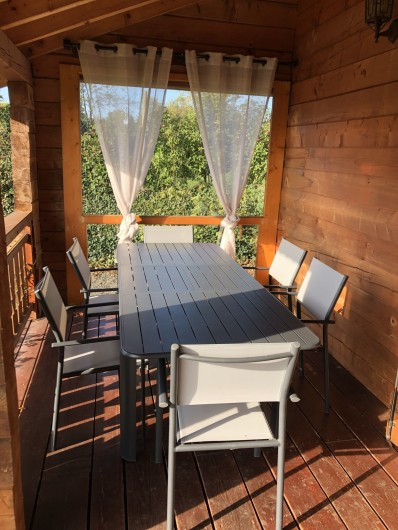 Location de vacances - Chalet à Saissac - La chambre du haut 13m² lit en 160/200