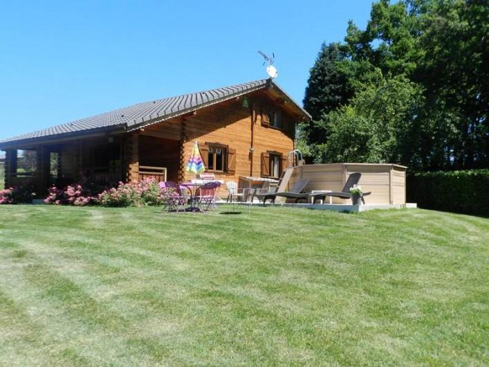 Location de vacances - Chalet à Saissac - Coté piscine.
