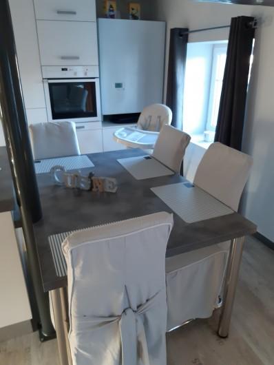 Location de vacances - Appartement à Beaune - Coin repas