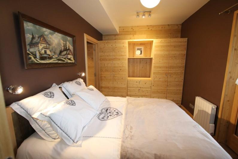 Location de vacances - Appartement à La Salle-les-Alpes - Chambre 1 avec dressing