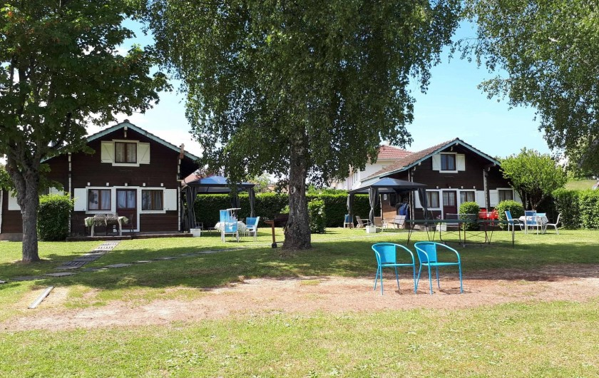 Location de vacances - Chalet à Excenevex - Les 2 Chalets sur 1800 m² de terrain, vue lac Léman