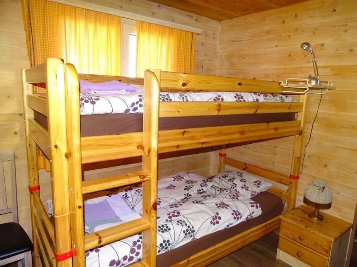 """Location de vacances - Chalet à Bellwald - Chambre """"enfant"""""""