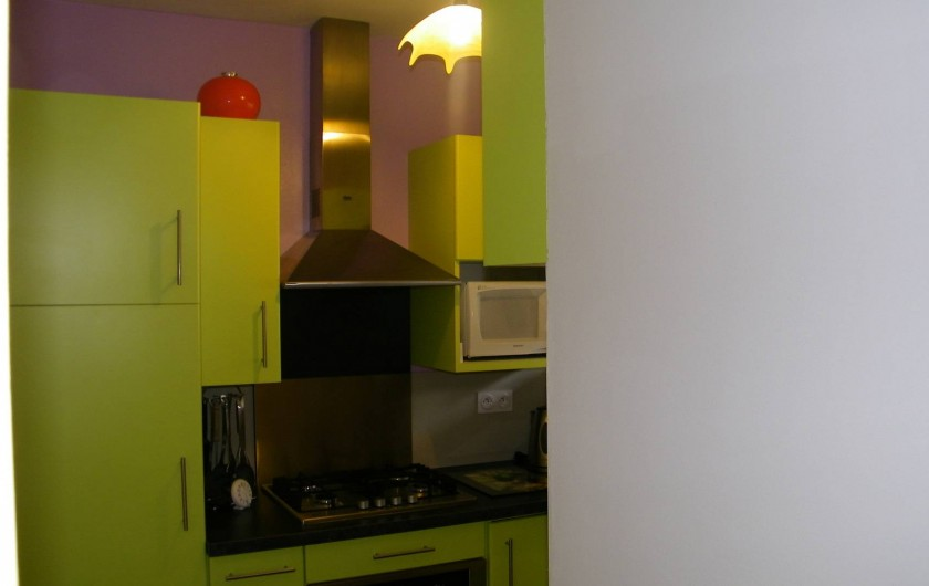 Location de vacances - Appartement à Superbolquère - Vue partielle de la cuisine