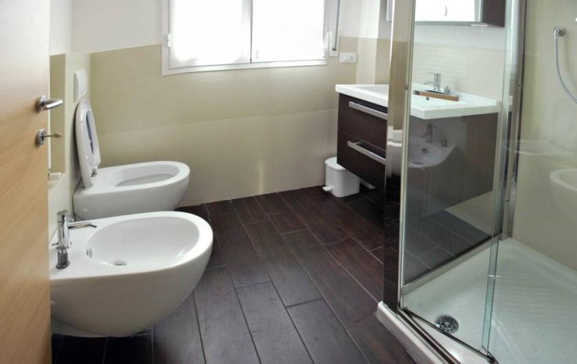 Location de vacances - Appartement à Rimini - salle de bain