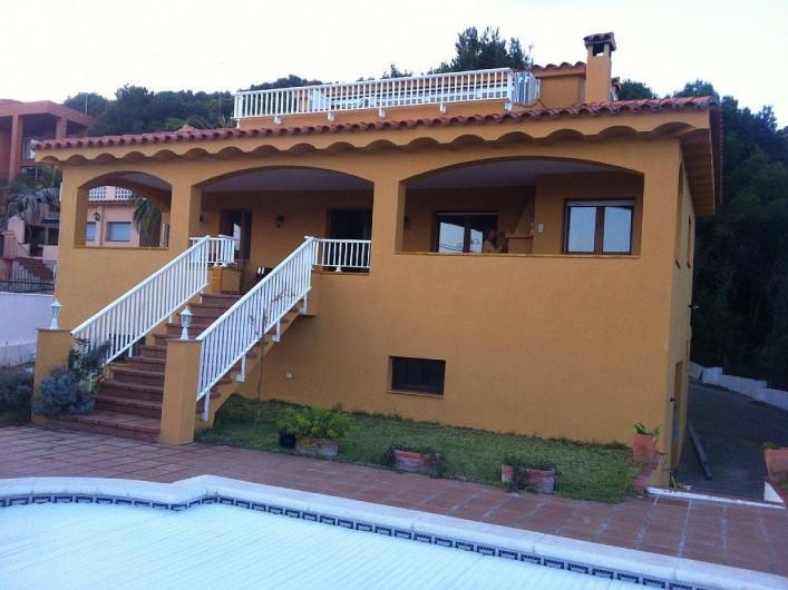 Location de vacances - Villa à Tamariu - Facade