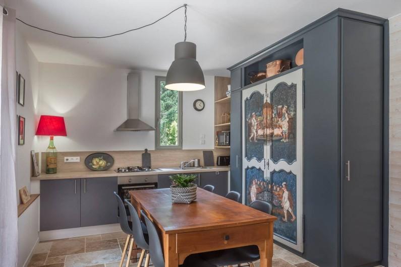 Location de vacances - Gîte à Saint-Agne - Espace salle à manger / cuisine