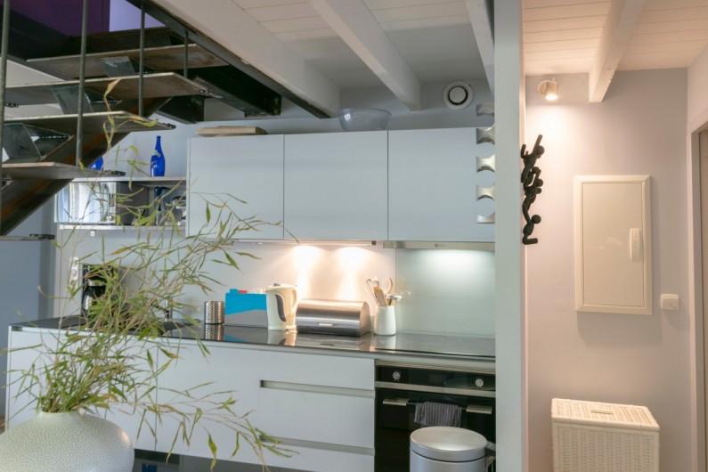 Location de vacances - Gîte à Bourg sur Gironde - cuisine gîte