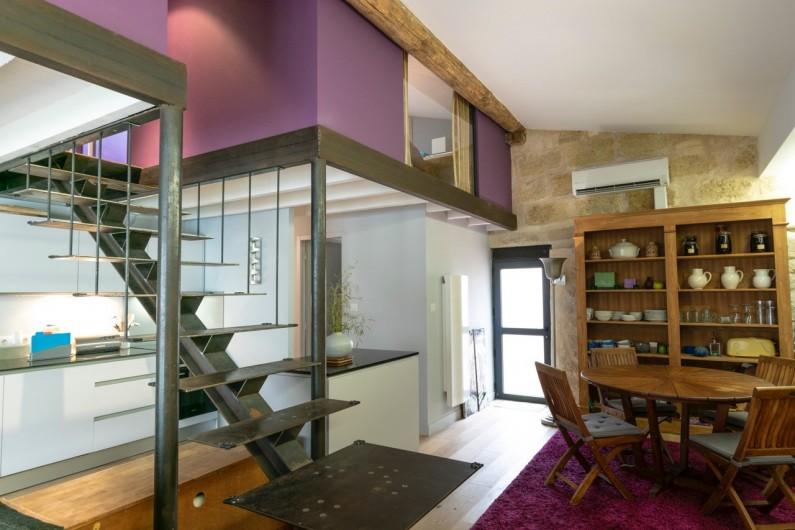 Location de vacances - Gîte à Bourg sur Gironde - accès aux chambres