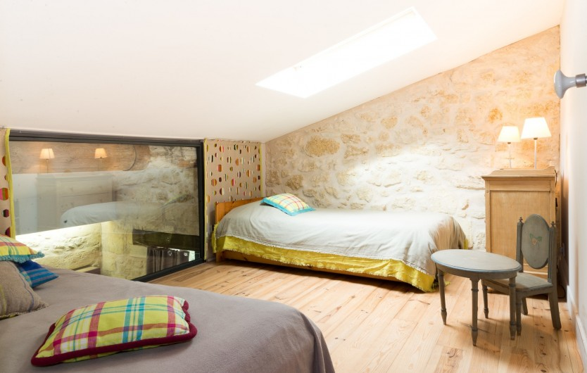 Location de vacances - Gîte à Bourg sur Gironde - chambre enfants deux lits