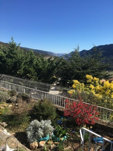 Location de vacances - Appartement à Perpignan - Jardin coté sud est