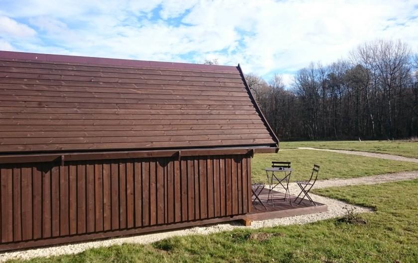 Location de vacances - Insolite à La Chapelle-Blanche-Saint-Martin - Cabane Tröll vue sur le parc