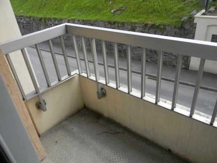 Location de vacances - Studio à Cauterets - balcon