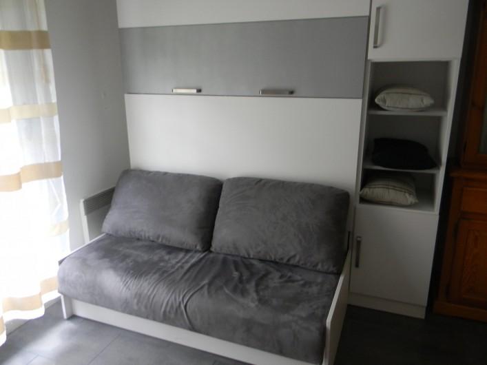 Location de vacances - Studio à Cauterets - canapé