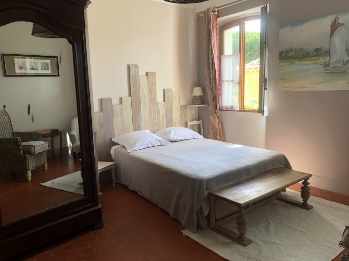 Location de vacances - Appartement à Six-Fours-les-Plages - Grande chambre parentale
