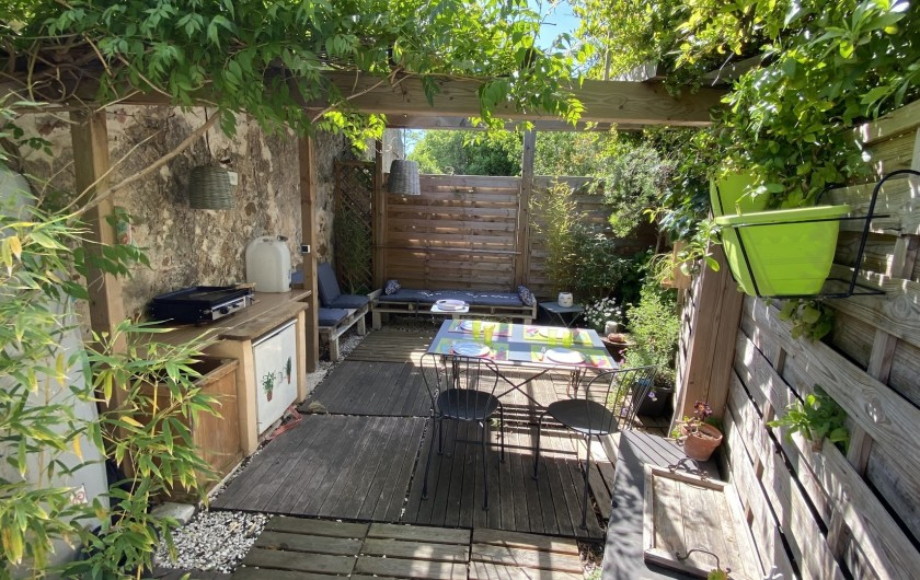 Location de vacances - Appartement à Six-Fours-les-Plages - Pique nique avec plancha