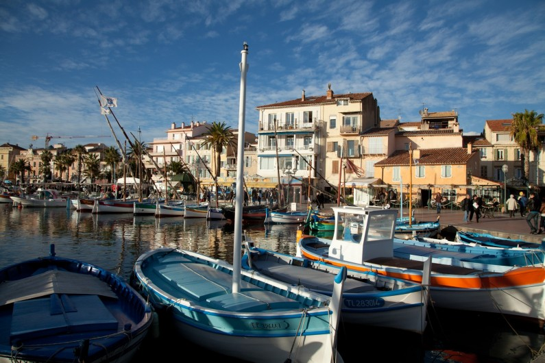 Location de vacances - Appartement à Six-Fours-les-Plages - Tout proche :  Sanary-sur-mer à 10'