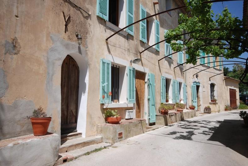 Location de vacances - Appartement à Six-Fours-les-Plages - La Bastide d'Estienne