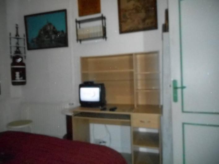 Location de vacances - Appartement à Saint-Malo - Chambre 1 (avec television)