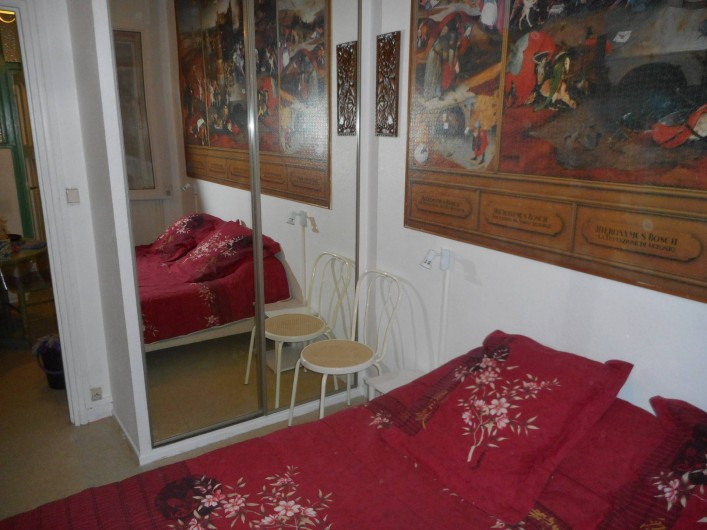 Location de vacances - Appartement à Saint-Malo - Chambre 1 (coin penderie)