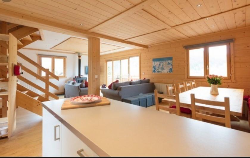 Location de vacances - Chalet à Montgenèvre - Cuisine américaine et salle à manger