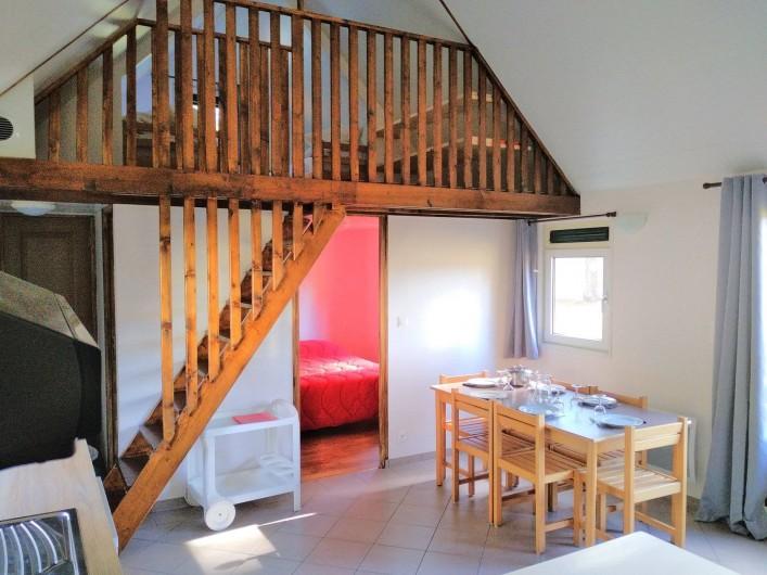Location de vacances - Chalet à Servières-le-Château - vue du séjour