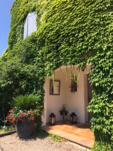 Location de vacances - Villa à Le Cannet - PORCHE D' ENTREE