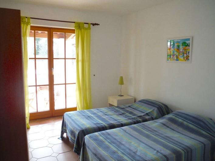 Location de vacances - Villa à Saint-Cézaire-sur-Siagne - chambre 2
