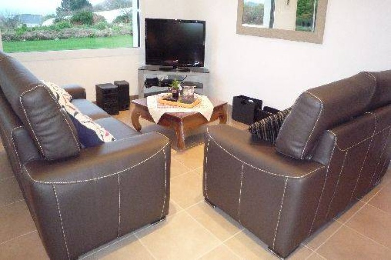 Location de vacances - Villa à Penvénan - SALON TELEVISION VUE MER