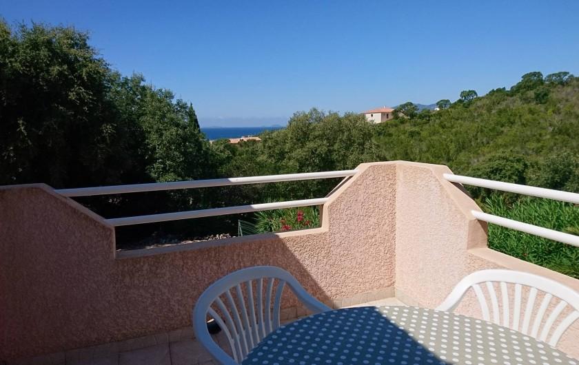 Location de vacances - Villa à Grosseto-Prugna - Cuisine entièrement équipée