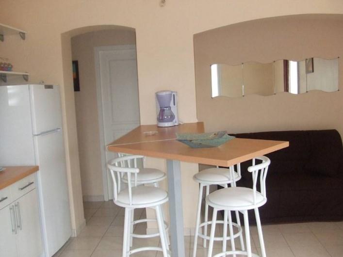 Location de vacances - Villa à Grosseto-Prugna - Pièceprincipale