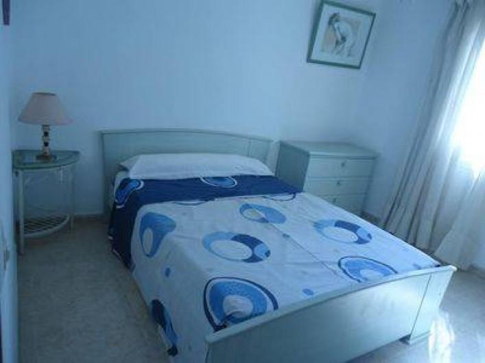 Location de vacances - Villa à Lloret de Mar - chambre du bas en 140