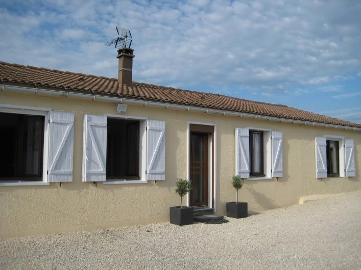 Location de vacances - Villa à Saint-Jean-de-Maruéjols-et-Avéjan - Entrée
