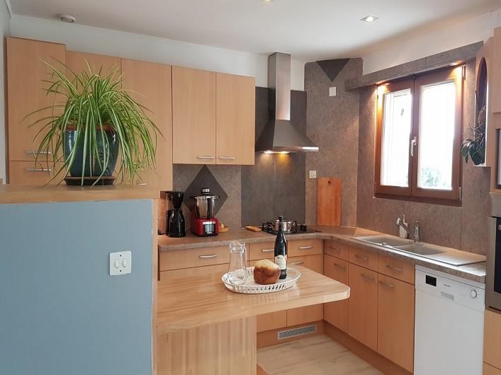 Location de vacances - Villa à Saint-Jean-de-Maruéjols-et-Avéjan - cuisine