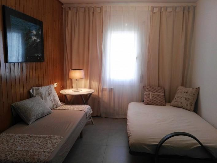 Location de vacances - Appartement à Vilanova i la Geltrú - salle à séjour (coucher)
