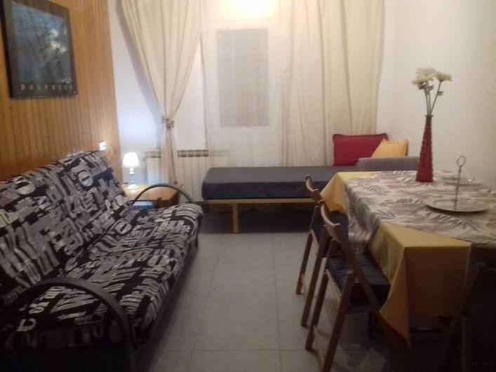 Location de vacances - Appartement à Vilanova i la Geltrú - extensible table supplémentaire