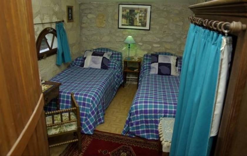 Location de vacances - Gîte à Lamothe-Landerron - Chambre Ninon de l'Enclos
