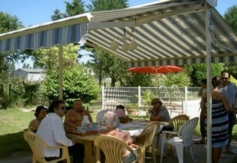 Location de vacances - Gîte à Lamothe-Landerron - Gîte
