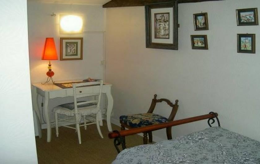 Location de vacances - Gîte à Lamothe-Landerron - Chambre Alphonse Daudet