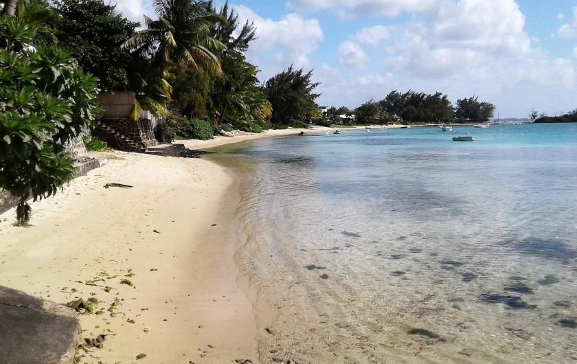 Location de vacances - Villa à Pereybere - plage