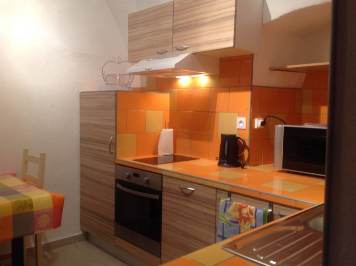 Location de vacances - Appartement à Belgodère - cuisine