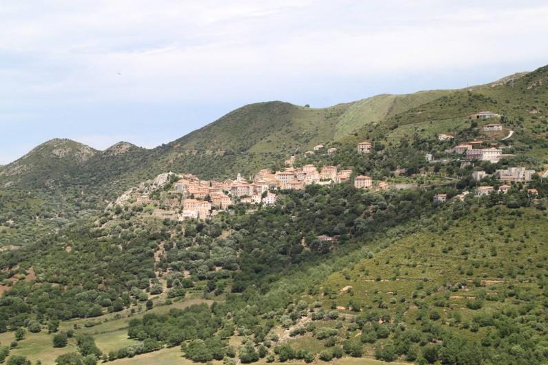 Location de vacances - Appartement à Belgodère - vue du village