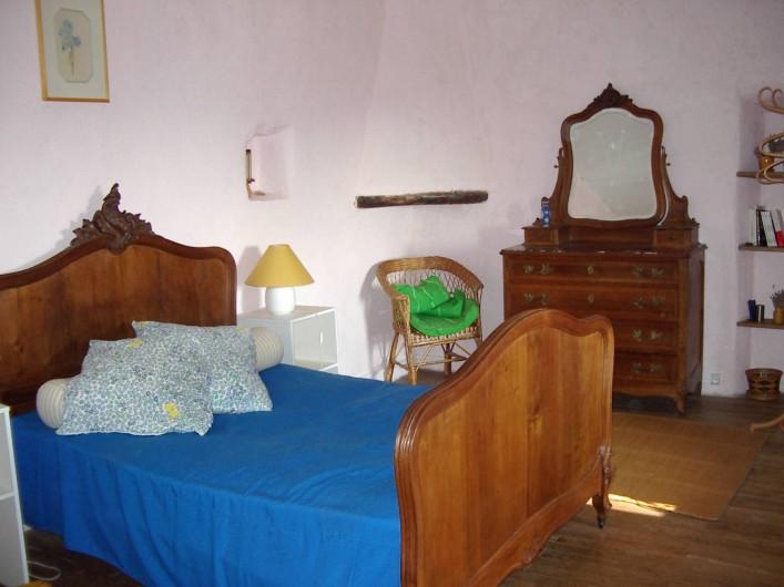 Location de vacances - Mas à Saint-Roman-de-Codières - La chambre des parents