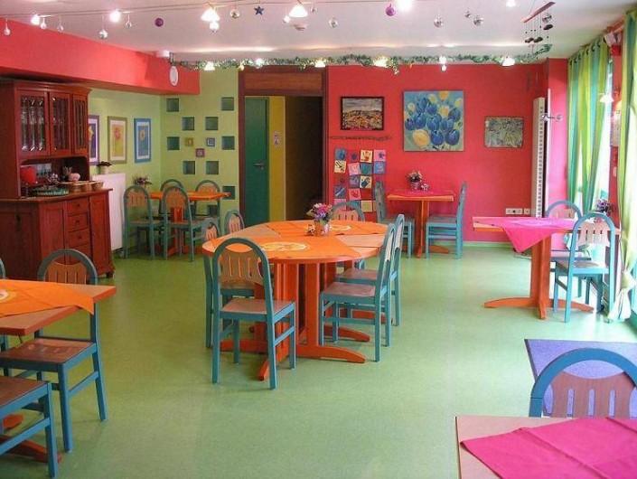 Location de vacances - Maison - Villa à Sainte-Marie-aux-Mines - Rez de chaussé salle à manger, les tables peuvent être disposées autrement